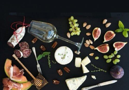 Non solo prosciutto e formaggi, la scure dei dazi anche su frutta e pomodoro