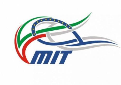 Licenze comunitarie per il trasporto di merci e persone. Il MIT diffonde una circolare relativa a termini di validità e domande di rinnovo