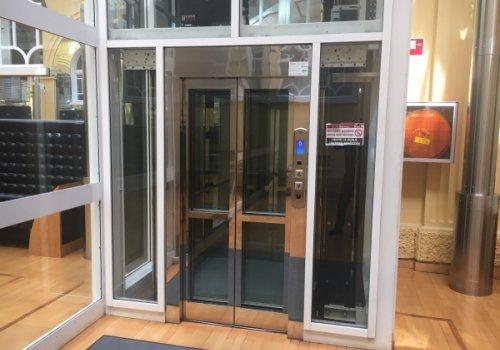 Manutenzione di 330 ascensori: stanziati oltre 1,6 milioni di euro