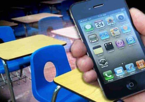 Corso base per imparare ad usare lo smartphone ed internet. Corso di alfabetizzazione per utenti senior