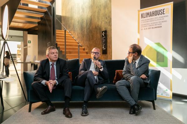 Fiera Bolzano presenta la terza edizione del KlimahouseCamp. Milano-Bolzano: un doppio modello di città smart?