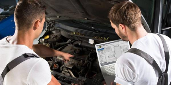 Corso per maestri artigiani meccantronici d'auto in lingua tedesca
